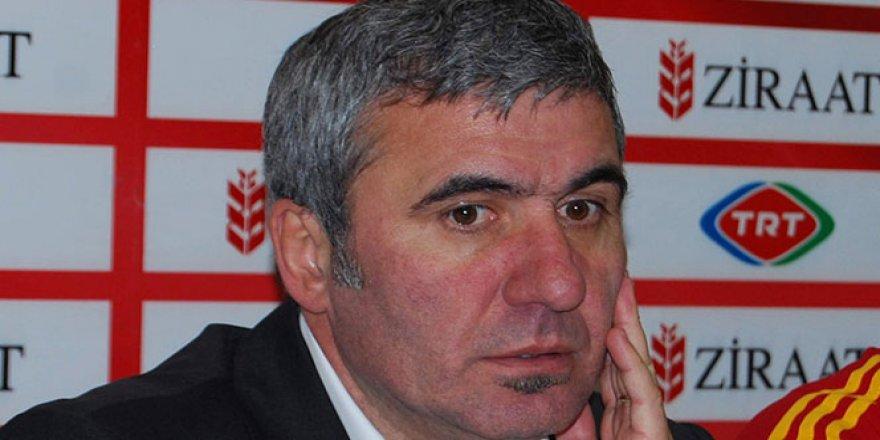 Hagi, yılın teknik direktörü seçildi
