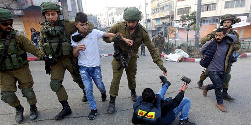 Filistin'de cuma namazı çıkışı çatışma çıktı