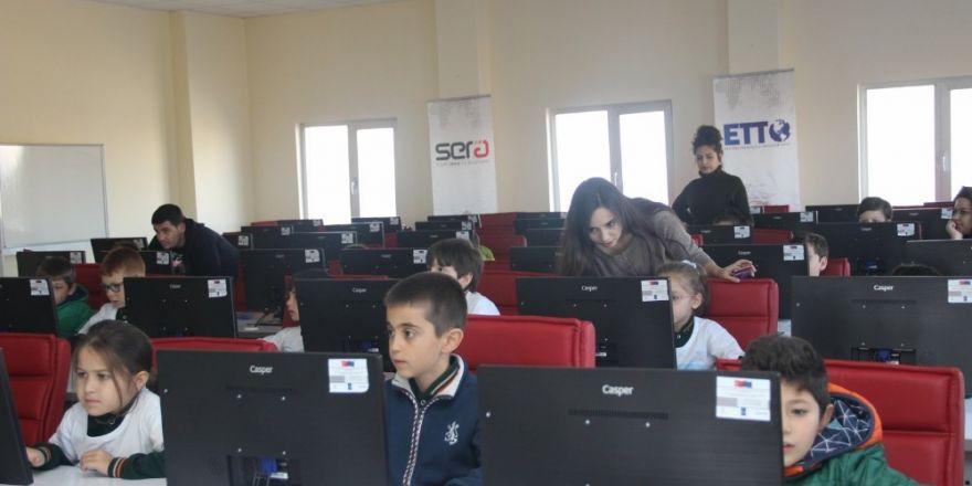 Çocuklar 'Yarını Kodlayanlar' Projesi ile Erciyes Teknopark'ta