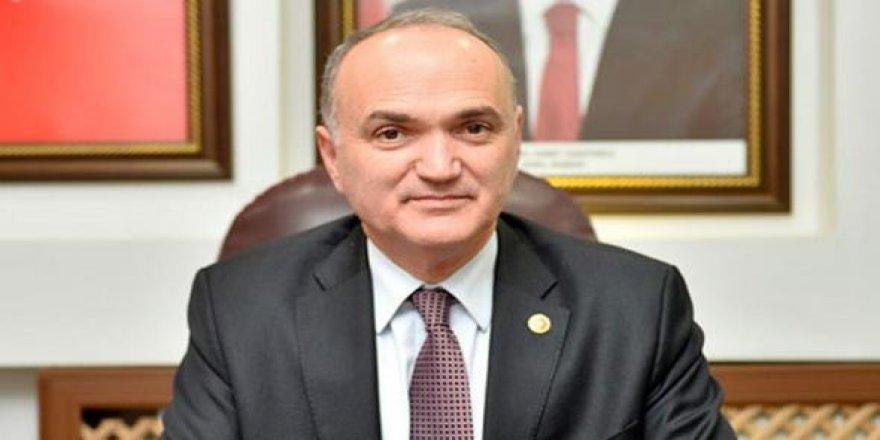 """Bakan Özlü, """"Türkiye, dünya çapında büyüme rekoru kırdı"""""""