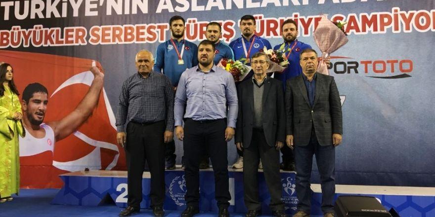 Büyükşehirli Akkoyun Türkiye 3.'sü oldu