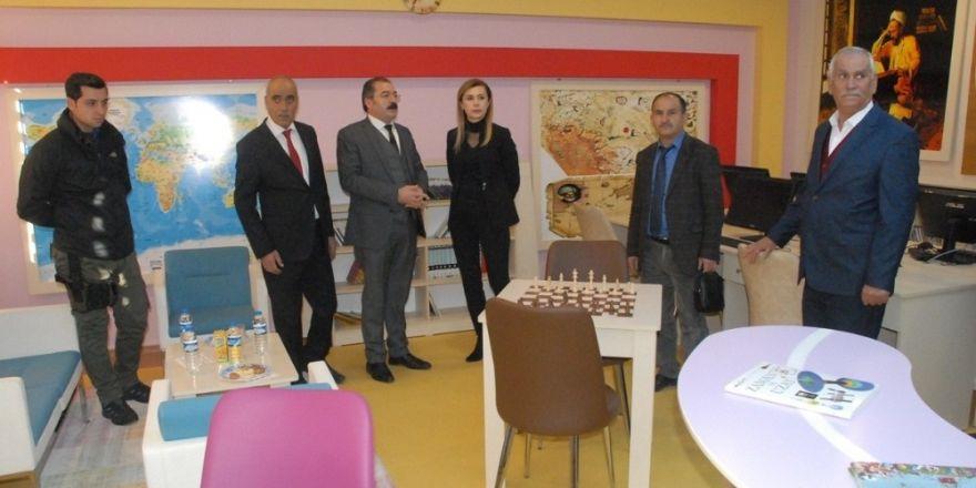 Tuşba'da 'Z-Kütüphane' açılışı