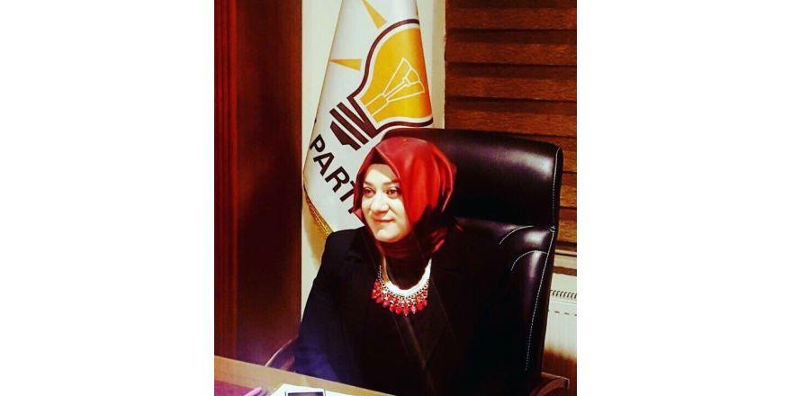 Ak Parti Erzurum Kadın Kolları Başkanı istifa etti