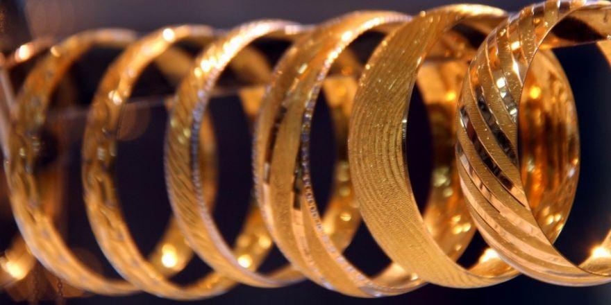 Altın ve euro, dolardan 3 kat fazla kazandırdı