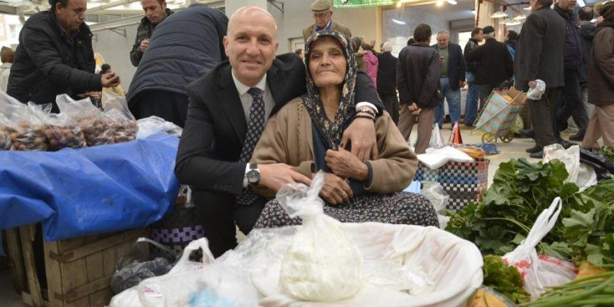 Sarayköy'de kapalı pazar yeri kuruldu
