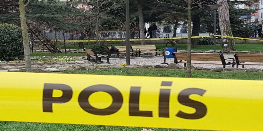 Parkta unutulan çanta fünye ile patlatıldı