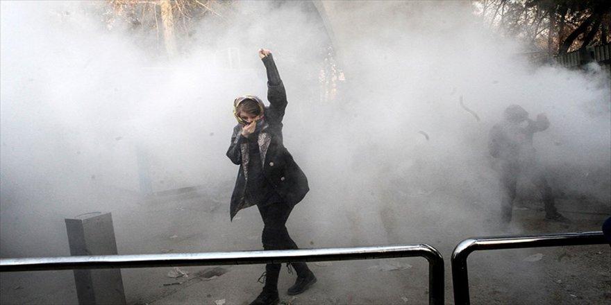 İran'daki protestolarda '3 gün' uyarısı
