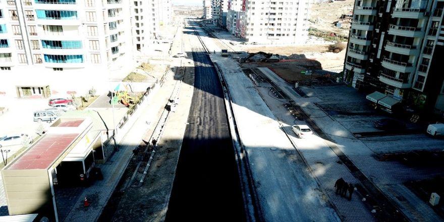 Yeşilçam Caddesi asfaltlanıyor