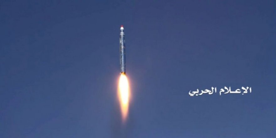 Husilerden Suudi Arabistan'a roket saldırısı