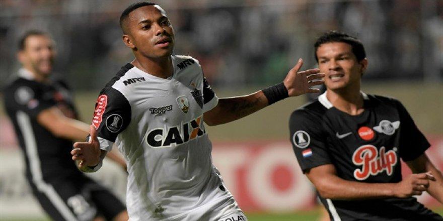 Robinho 3. kez aynı takıma transfer oluyor