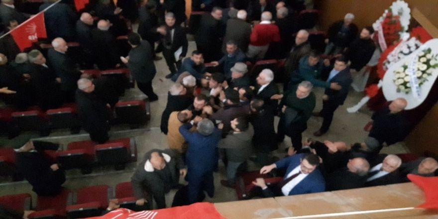 CHP Kırşehir kongresinde gerginlik