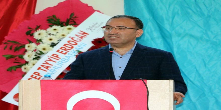 """Başbakan Yardımcısı Bozdağ: """"Kılıçdaroğlu'nun çapı Türkiye'yi yönetmeye yetmez"""""""