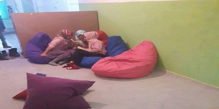 Öğretmenler okuma odası oluşturdu