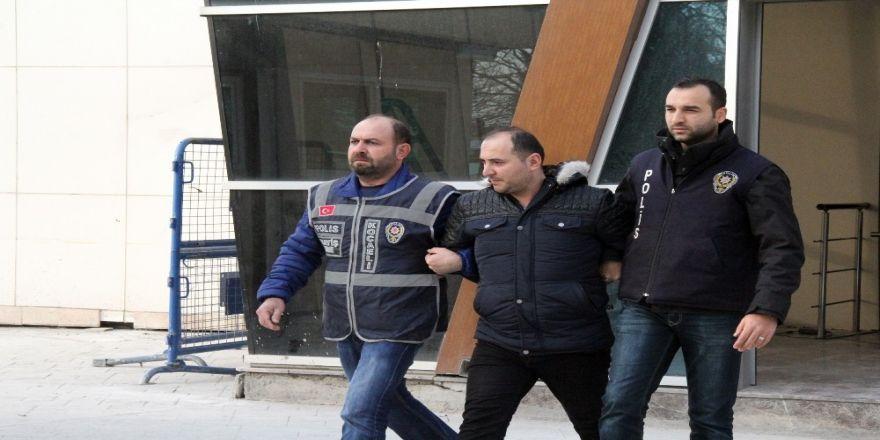 Gebze'de skandal: Kadın kılığına girip..