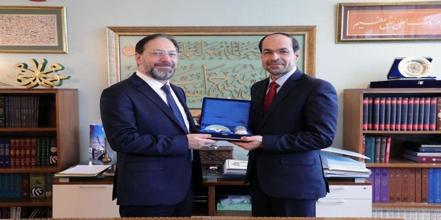 Amerikan İslam İlişkileri Konseyi Başkanını kabul etti