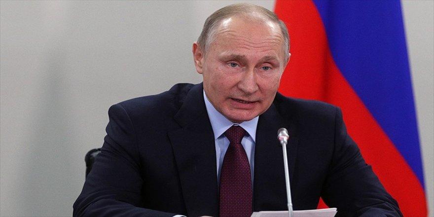 Putin, o ülkede en çok izlenen siyasetçi oldu