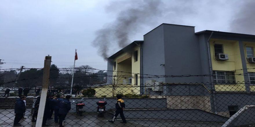 PTT Dağıtım ve Toplama merkezinde yangın!