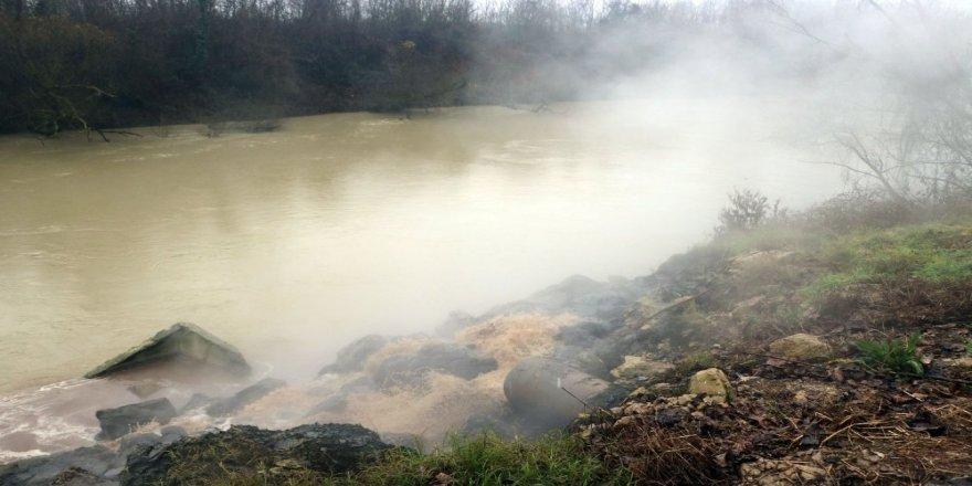 OSB'nin atık suyu nehre akmaya devam ediyor!