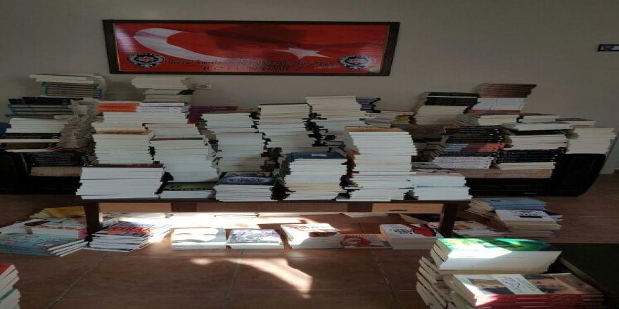 3 bin 853 korsan kitap ele geçirildi