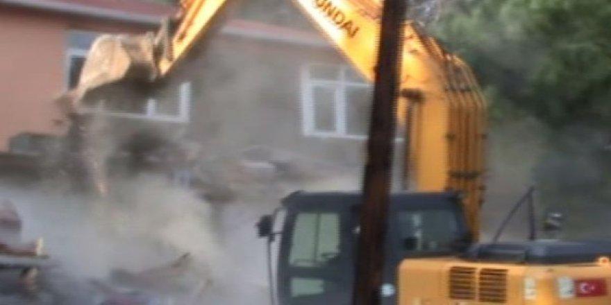 DHKP-C evleri yıkıldı