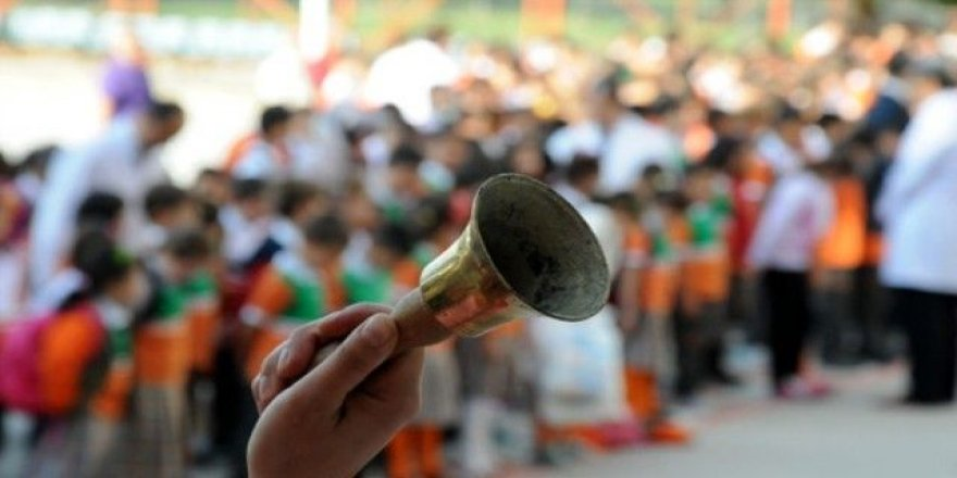 Bakan'dan öğrencilere tatil müjdesi !