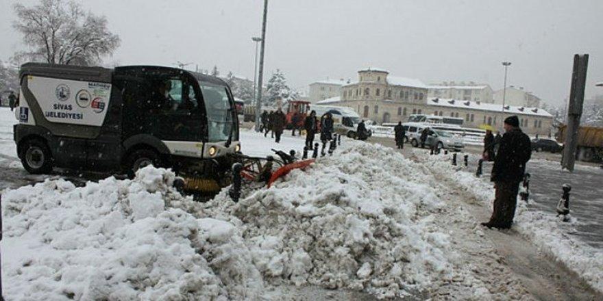 19 köy yolu ulaşıma kapandı