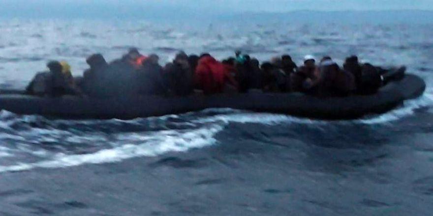 49 göçmen kurtarıldı