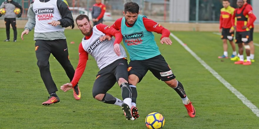Göztepe'de Fenerbahçe hazırlıkları sürüyor