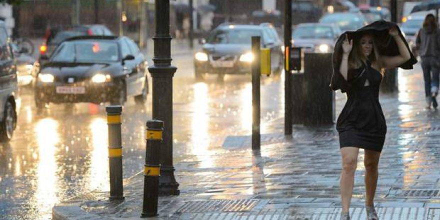 Şiddetli rüzgar ve yağmur etkili oldu!