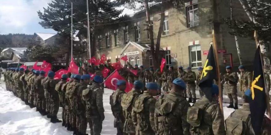 Mehmetçik sınıra böyle uğurlandı!