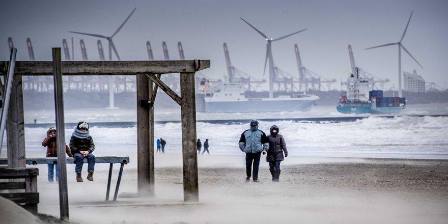 Avrupa'da fırtına: 4 ölü