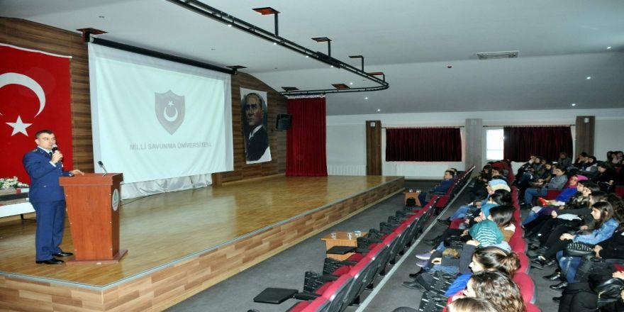 Milli Savunma Üniversitesi öğrencilere tanıtıldı