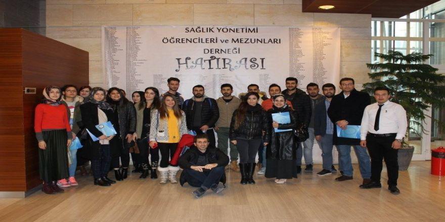 Sağlık öğrencileri Hastane Yöneticileri Gününe katıldı