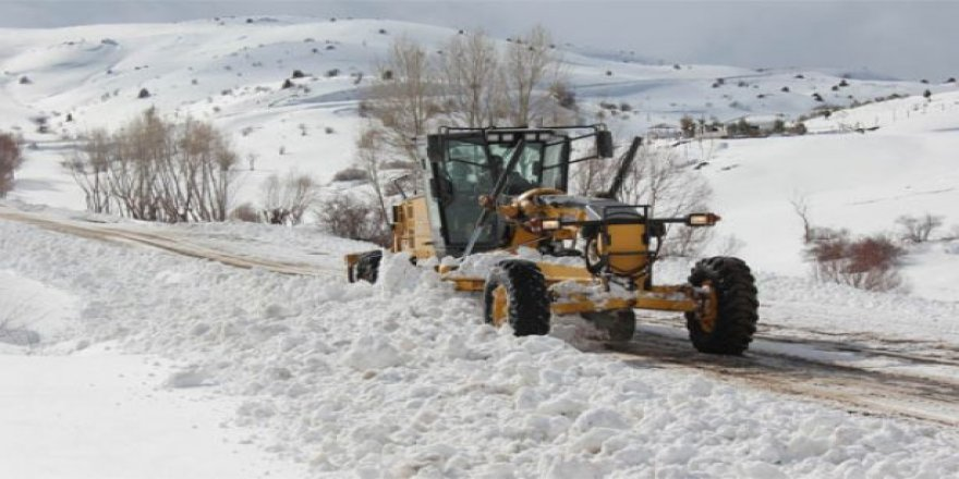 110 köy yolu ulaşıma kapandı