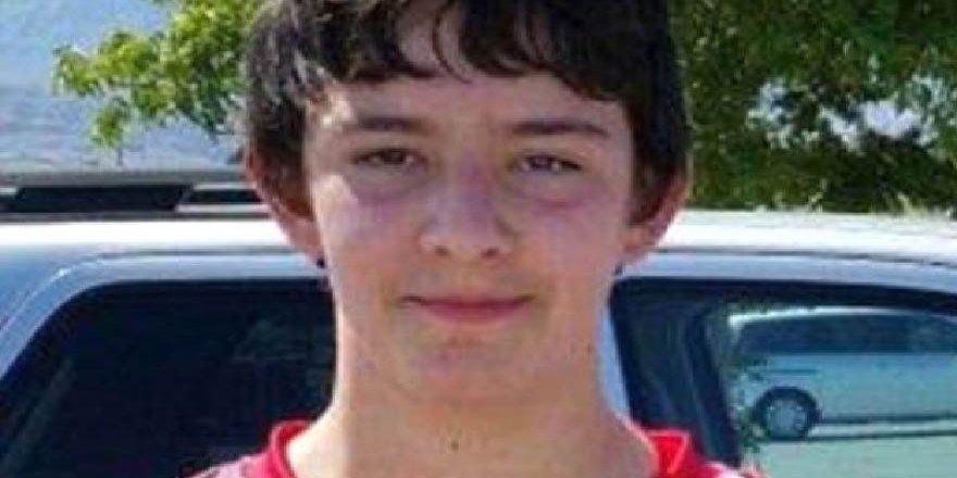 16 yaşındaki lise öğrencisi, 4 sınıf arkadaşına tecavüz etti!