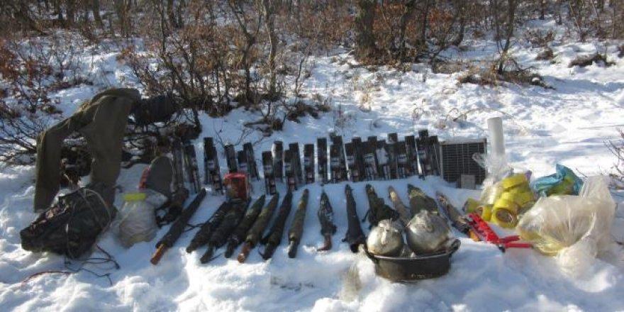 PKK'nın ecza ve malzeme depoları ele geçirildi