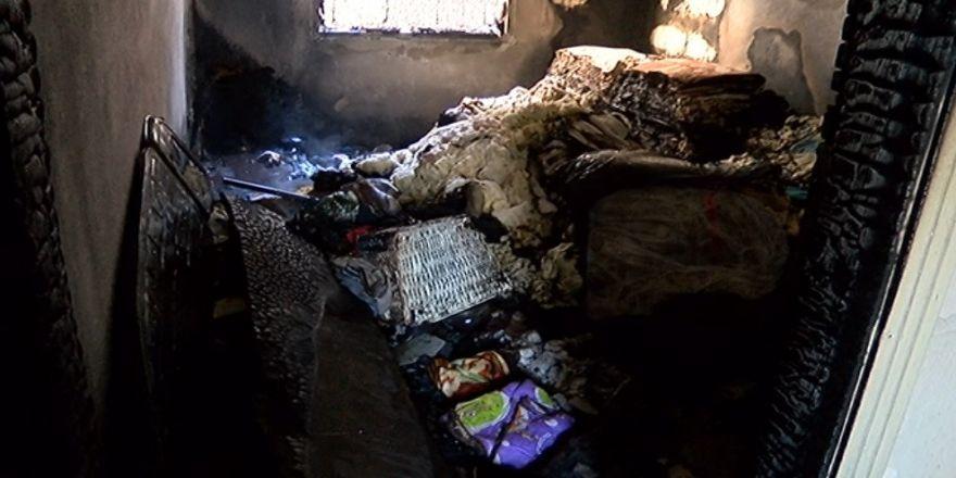 Çıkan yangında 2 kişi dumandan etkilendi