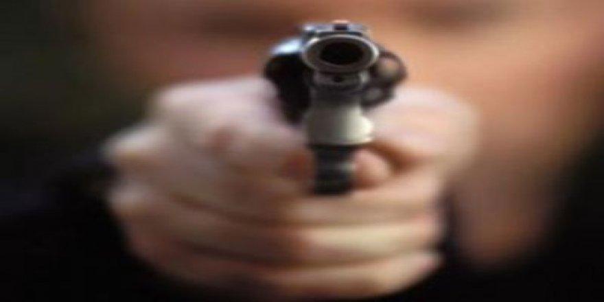 Kocaeli'nde silahlı kavga: 1 yaralı