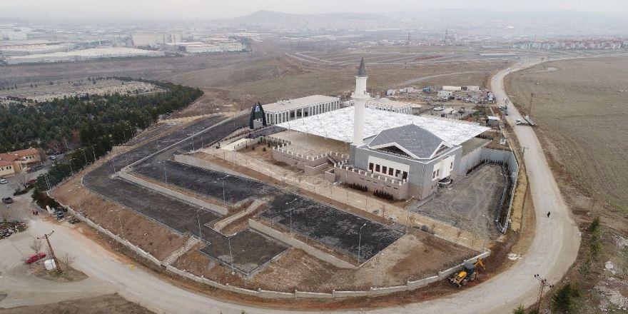 Çimşit Mezarlığı'ndaki cami ve tesislerde son rötuşlar!