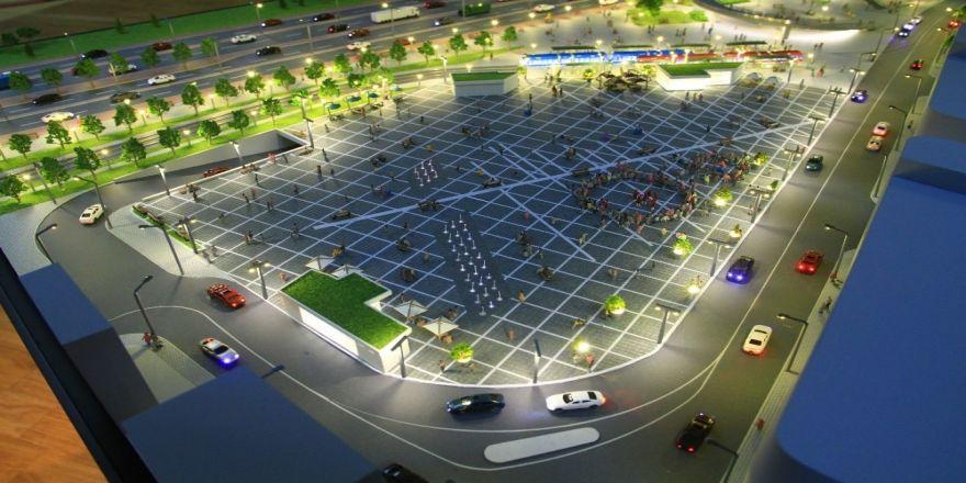 İzmit Kent Meydanı hızla yükseliyor