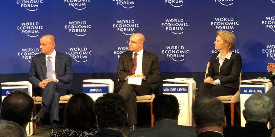 Şimşek, Davos'ta konuştu