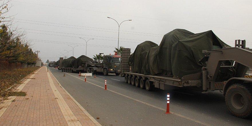 Afrin sınırına zırhlı araç sevkiyatı