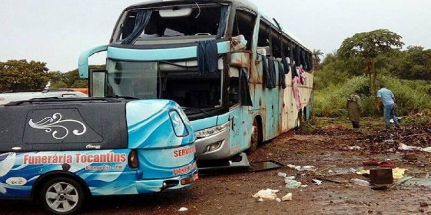 Otobüs devrildi: 7 ölü