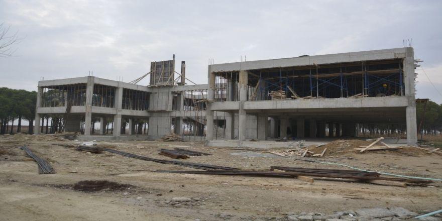 PAÜ Sarayköy Meslek Yüksekokulunun inşaatı hızla devam ediyor