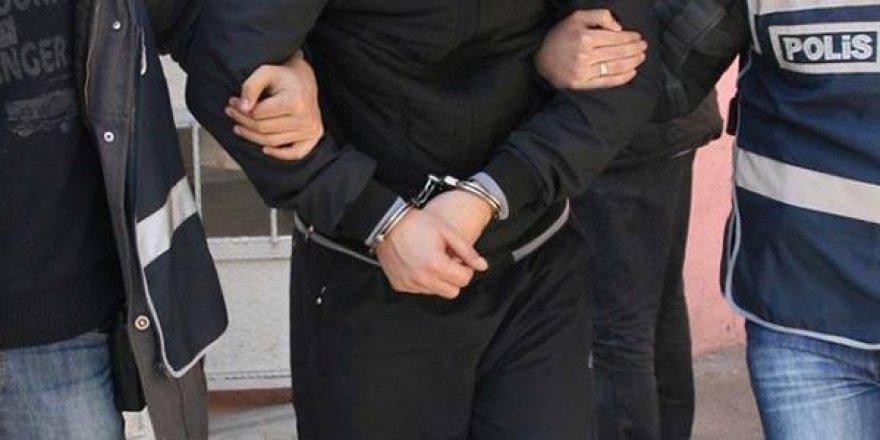 ByLock kullandığı iddia edilen öğretmen gözaltına alındı