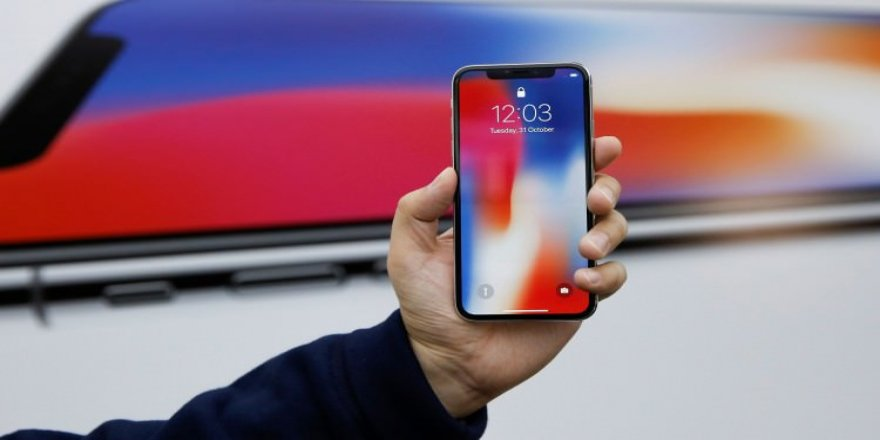'iPhone X' iddiası Apple'ı sarstı!