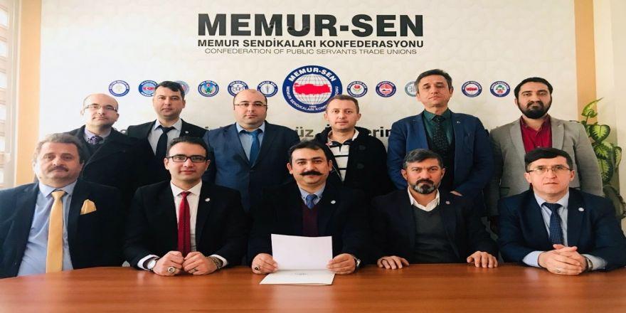 Memur-Sen'den 'Zeytin Dalı' harekatına destek