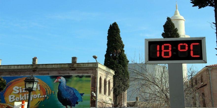 Termometreler 18 dereceyi gösterdi