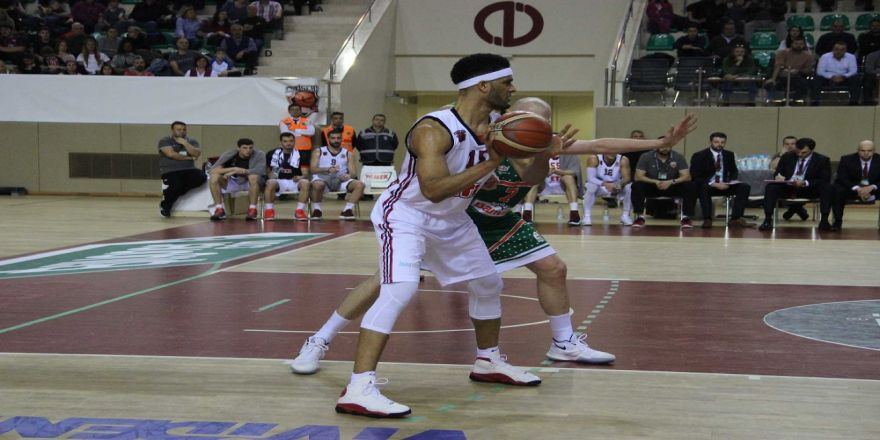 Banvit Eskişehir'i 1 sayıyla devirdi