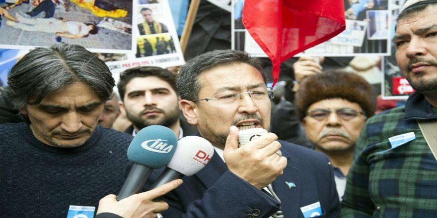 Doğu Türkistanlılar Çin'i protesto etti
